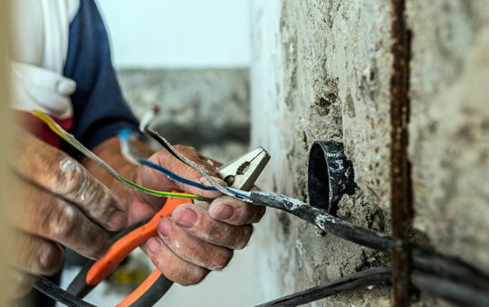 How to find an Electrician Near Me In Tulsa, OK?